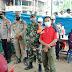 Mendukung Kegiatan Vaksinasi Serbuan TNI Tahap l Oleh Babinsa Koramil 422-05/Belalau.