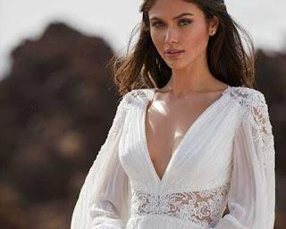 40 robes préférées par les mariées bohèmes en 2021