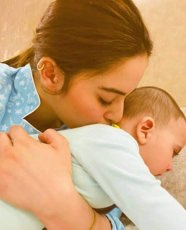 Amal Muneeb having Good time with Family | Latest Cute Pictures