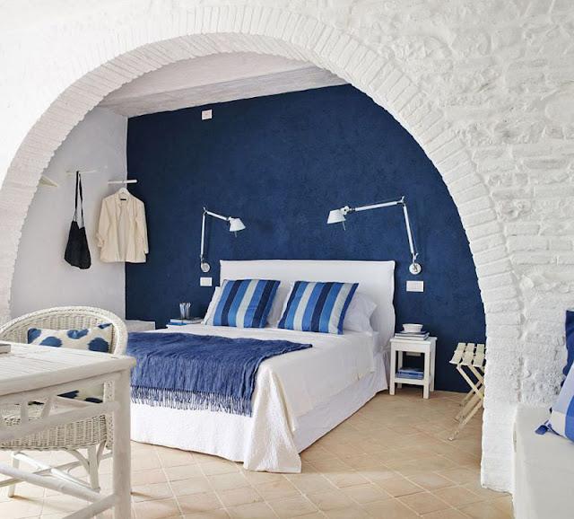 Albastru, verde și galben pentru fiecare cameră dintr-o vilă rustică din Toscana