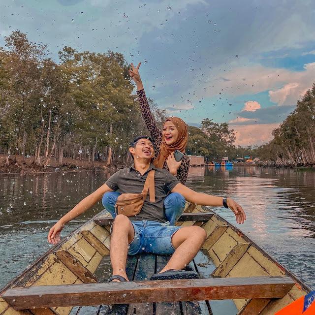 Lokasi dan Harga Tiket Masuk Danau Shuji Lembak Muara Enim