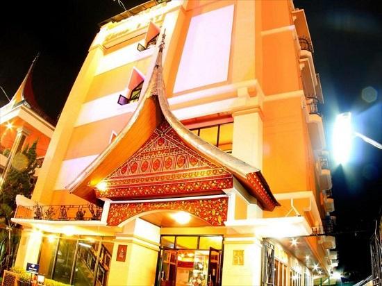 Lowongan Kerja Bukittinggi Kharisma Hotel Tahun 2020