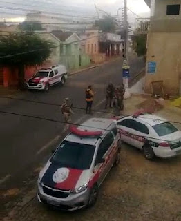 Troca de tiros e cerco policial nas primeiras horas da manhã deste domingo (28) em Catolé do Rocha