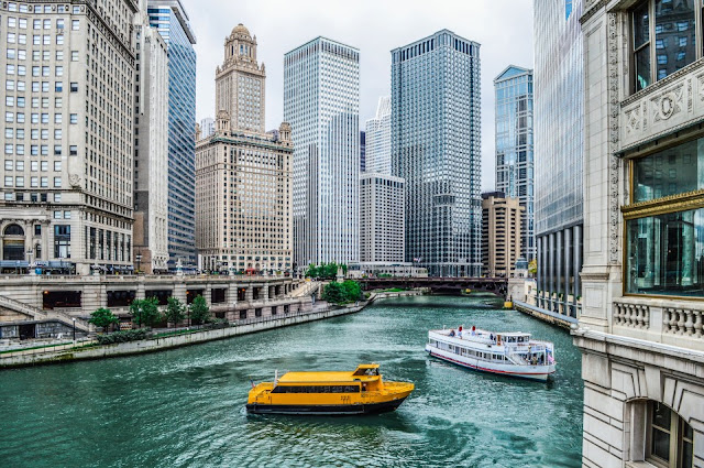 Find cheap flights from Chicago with Travelhoteltours. Compare low cost, budget & scheduled airline flights & air travel deals – book direct, no fees.
