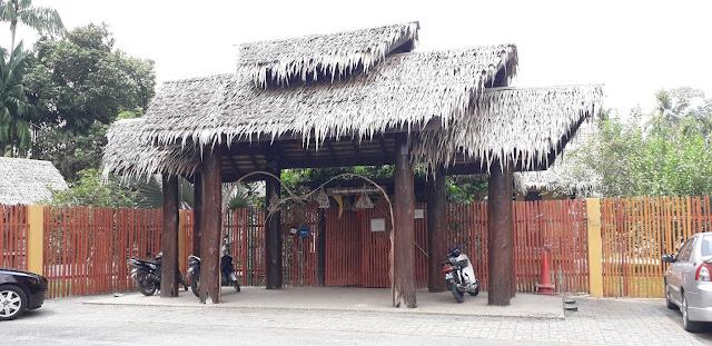 Perkampungan Budaya Nah Meri