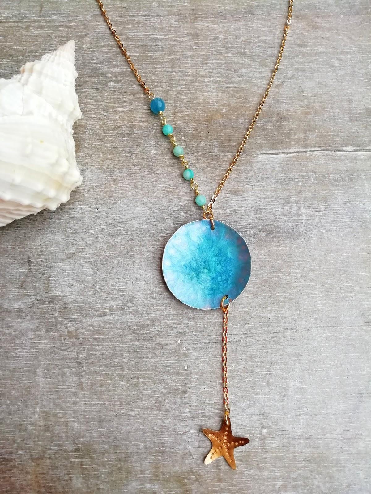 più vicino a tecniche moderne miglior fornitore Indossare bijoux in spiaggia