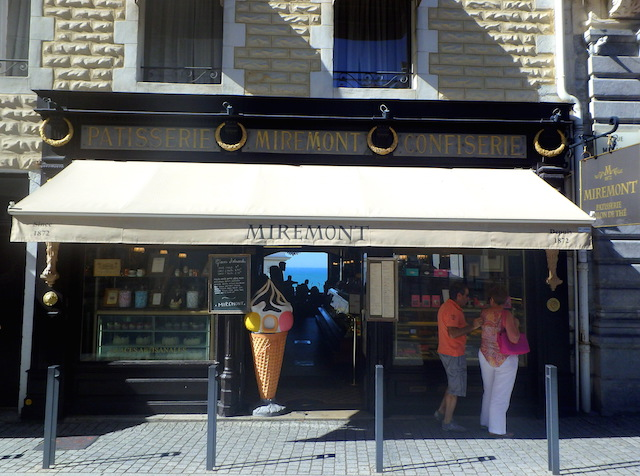 Tearoom in Biarritz