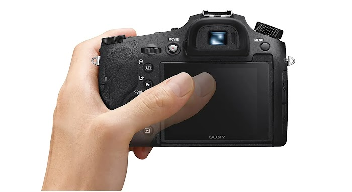 Sony Cyber-shot DSC-RX10 IV review