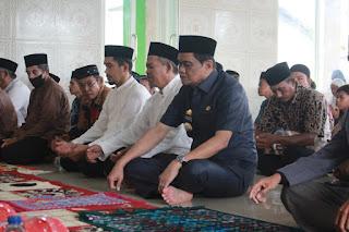 Masya Allah, Jelang Bulan Ramadhan Bupati Suardi Saleh Resmikan Masjid Ratu Babussalam di Garongkong