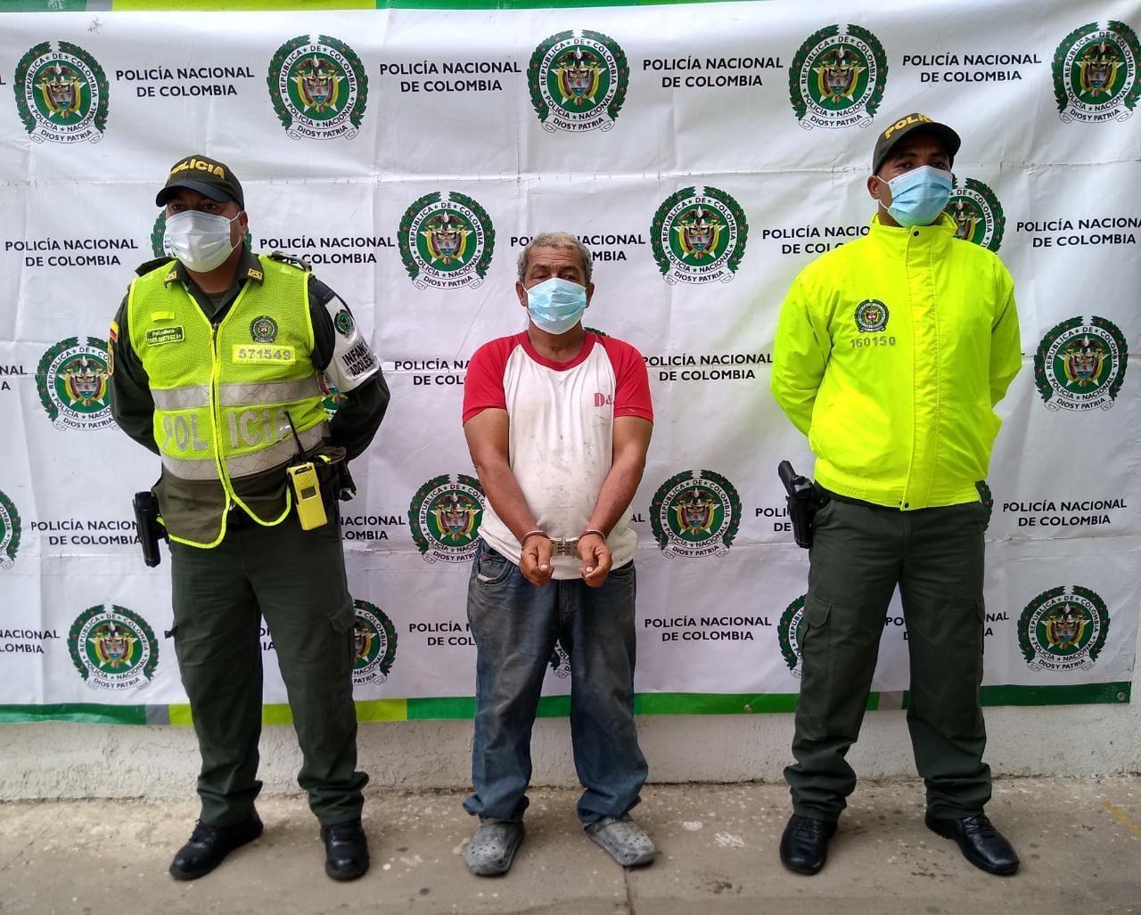 https://www.notasrosas.com/Policía Guajira captura dos personas por Acto Sexual y Acceso Carnal, en Riohacha y Cuestecitas