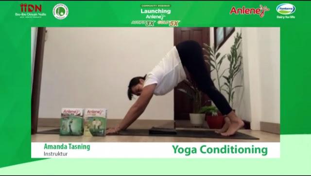 yoga-amanda-tasning