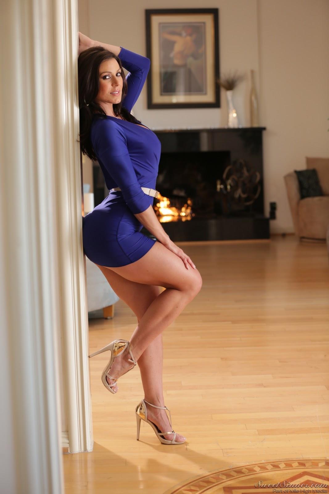 Wrap-Up Magazine: Kendra Lust Top 5 Hottest Photos