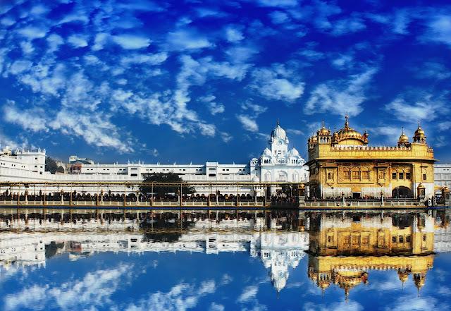 Top 10 Religious travel destinations in India