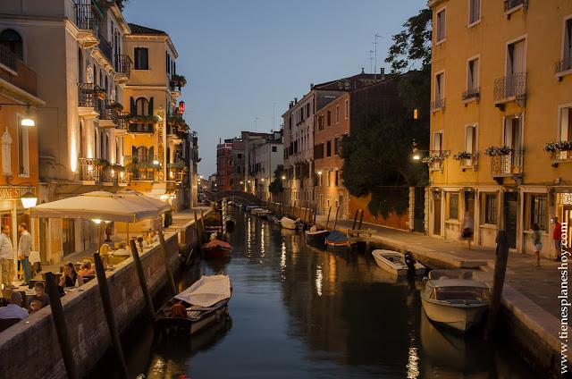 Noche Venecia viaje Italia turismo