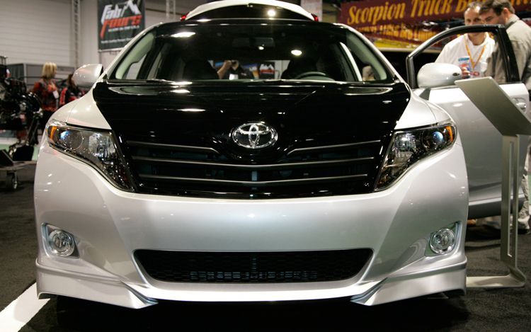 Automobile Trends Toyota Venza As V And Sportlux