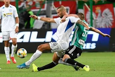 Με 0-0 στη Βαρσοβία για τον Ατρόμητο