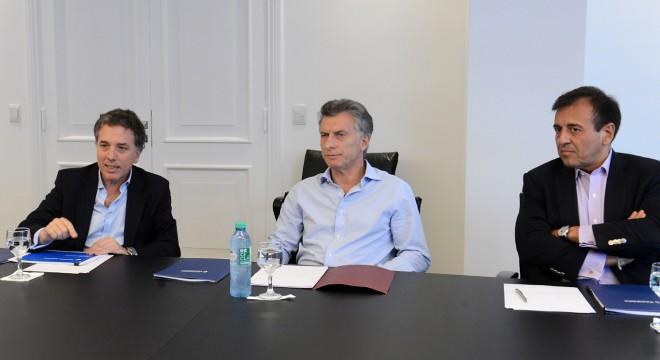 Cómo es el ajuste que diseñan Macri y Dujovne para alcanzar las metas fiscales