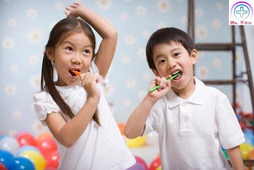 bệnh răng miệng ở trẻ