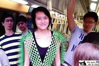 Cómo evitar contacto en metro o autobús