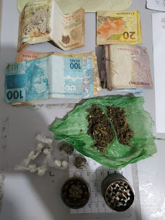 Casal é preso com maconha e cocaína durante blitz em Cubati; veículo também foi apreendido