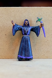 Cultist with purple trim robes