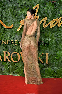 Kendall Jenner Slim  Goes  At British Fashin Show 2018 WOW     small  slim figure CEleBrity.co Exclusive 011