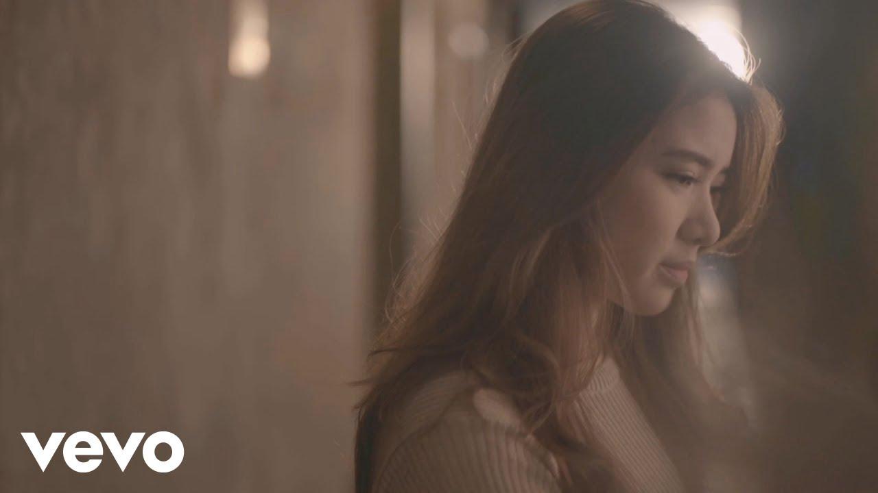 Lirik Lagu Maafkan Aku #TerlanjurMencinta - Tiara Andini