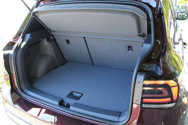 Volkswagen T-Cross 2019 - interior - porta-malas