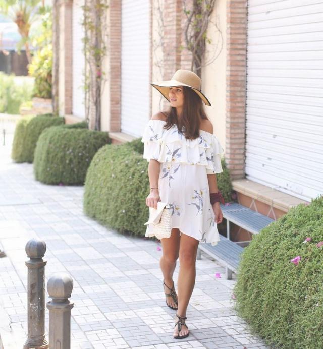 """10 formas de usar la tendencia """"off shoulder"""" este verano si estás embarazada"""