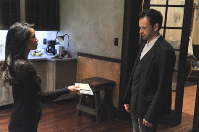 Jonny Lee Miller and Lucy Liu as Sherlock Holmes and Joan Watson in CBS Elementary Episode # 7 One Way To Get Off