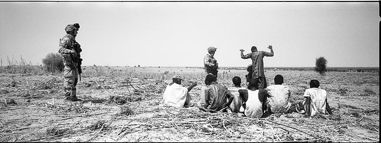 Photo de soldats de l'opération Barkhane au Sahel prise par Philippe de Poulpiquet
