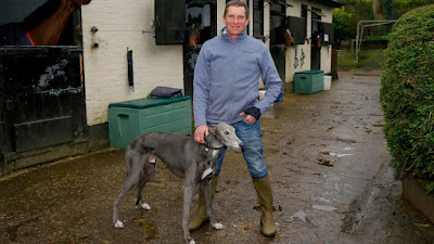Simon Dow horse trainer