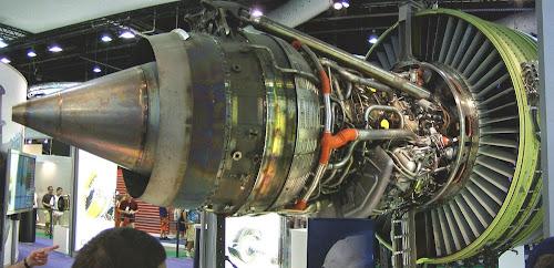 Maior motor a jato do mundo GE90-115B