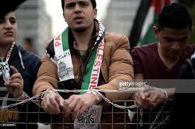 Milhares de palestinos fogem da ditadura do Hamas para a Europa