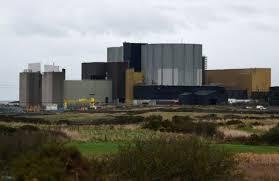 Japan's Hitachi scraps plan for UK nuclear plant
