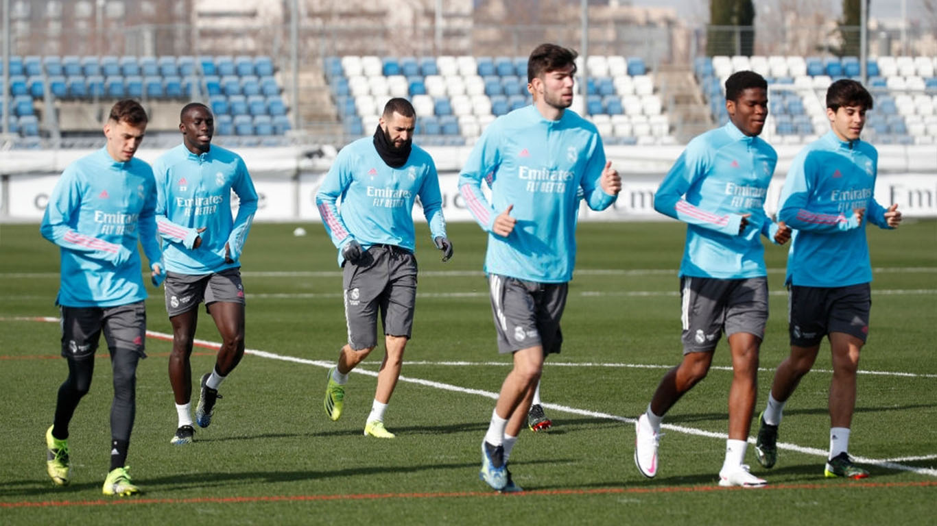 karim-benzema-and-ferland-mendy-both-from-real-madrid-news-photo