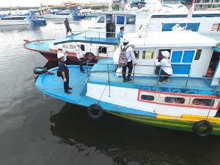 Jelang Nataru, Hubla Uji Petik Kapal Tradisional Pengangkut Penumpang Kali Adem ke Kepulauan Seribu