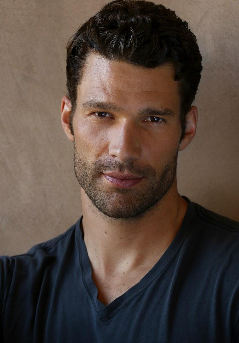 most beautiful man in the world | Aaron tveit, Bello