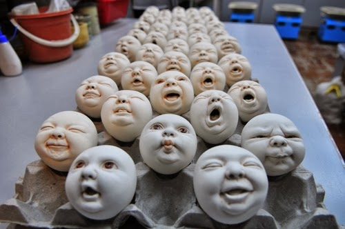 13-The-Making-of-Sculptor-Johnson-Tsang-aka-Tsang-Cheung-Shing-Ceramics-Porcelain-www-designstack-co