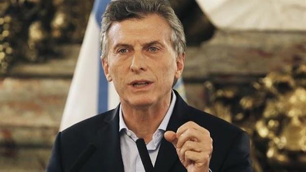 Macri pidió a los industriales que ''pongan el hombro'' por el bono de $5 mil