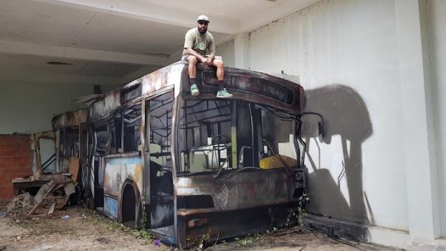 Ο μαέστρος της οφθαλμαπάτης - Και όμως δεν ειναι λεωφορείο