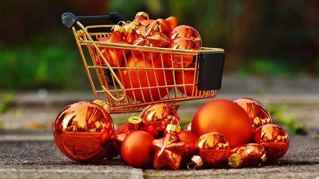 Μόνο 3 στους 10 θα κάνουν φέτος τα Χριστούγεννα  περισσότερες αγορές