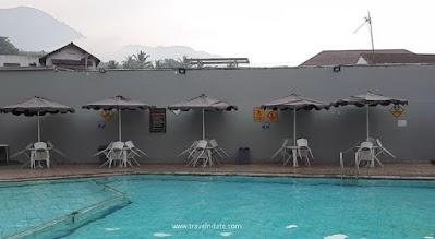 kolam renang air panas garut