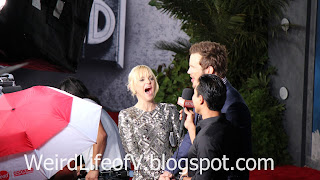 Anna Faris and Chris Pratt interviewed by Mario Lopez - Jurassic World Premiere