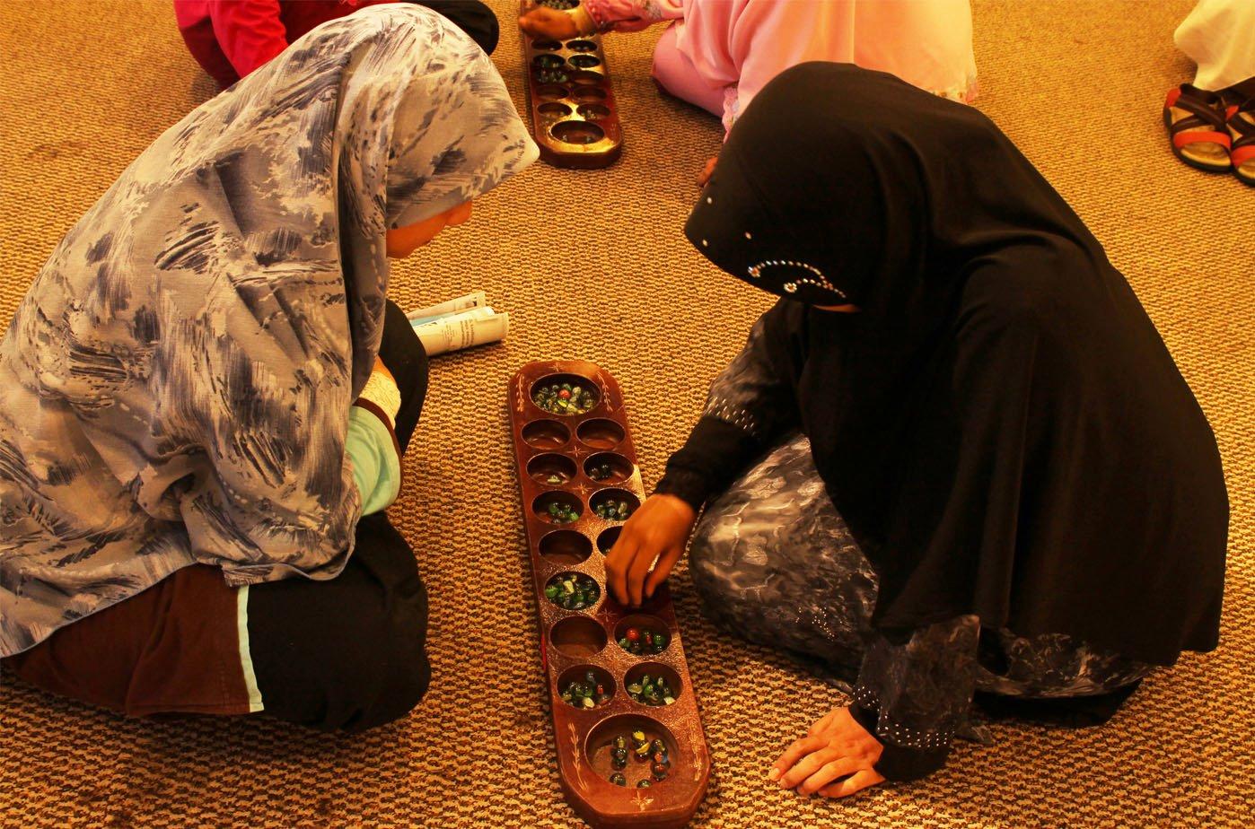 Permainan Tradisional Melayu Congkak