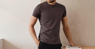 Yuk Simak, 5 Brand Kaos Pria Terpopuler dan Berkualitas
