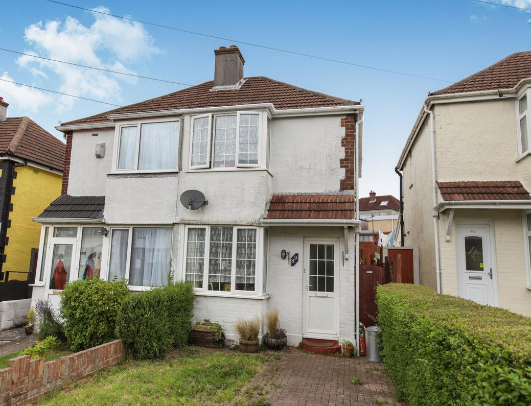 Two Bedroom House In St Budeaux Plymouth 6 3 Yield