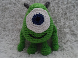 Ravelry: Monsters Inc. Baby Mike and Sulley pattern by Josephine Wu | 240x320