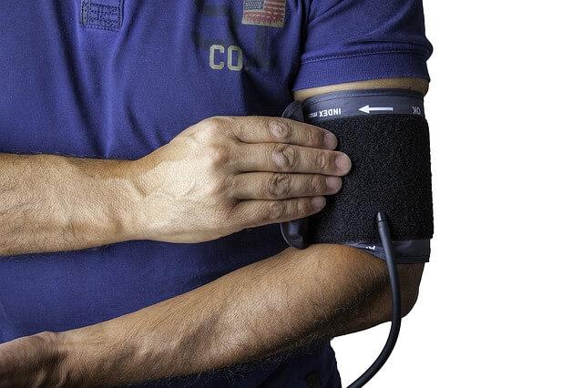 مراقبة الضغط الدموي