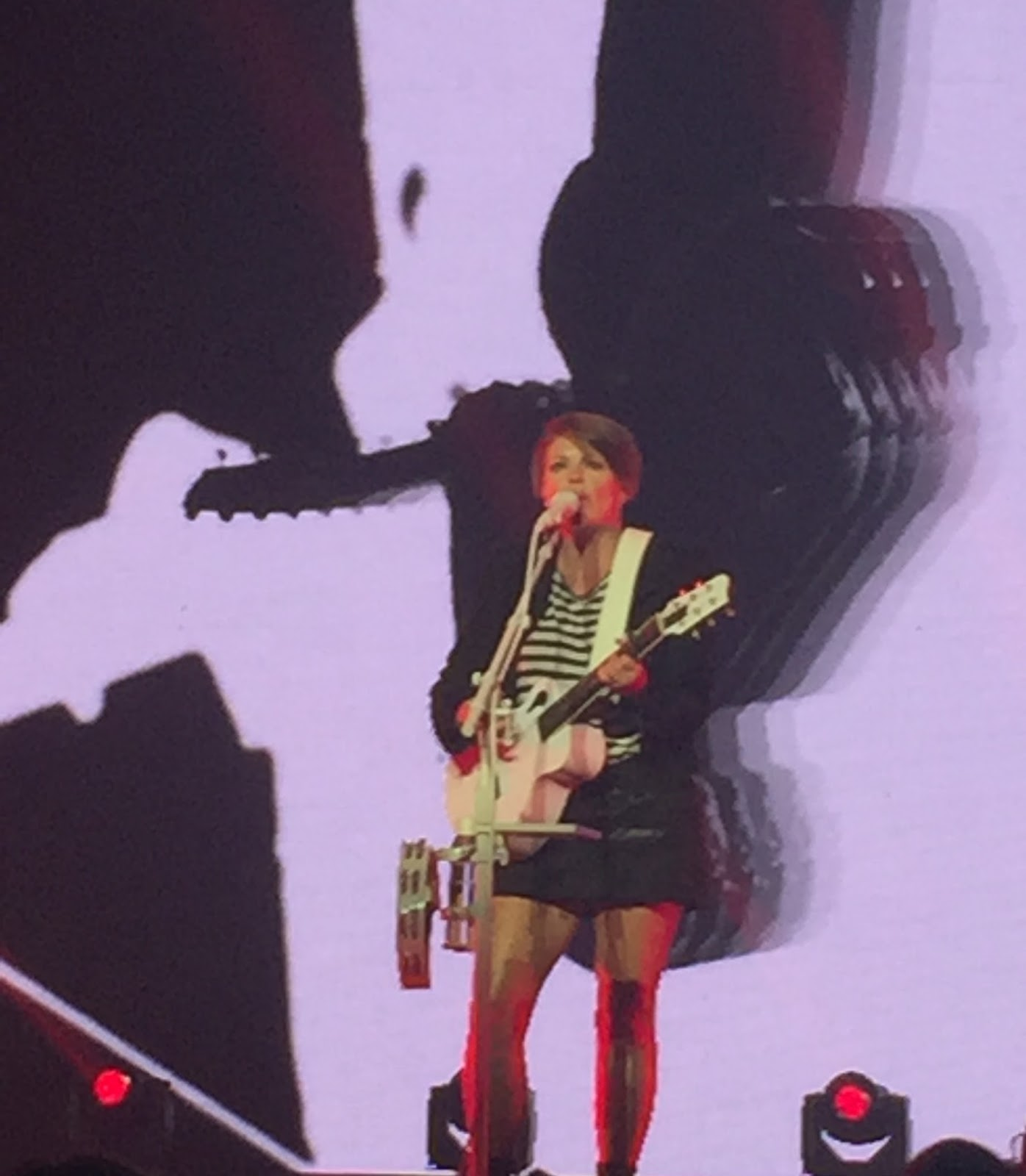 Three Chords And The Truth Uk Dixie Chicks Barclaycard Arena